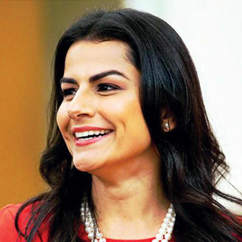 Nanette Barragan